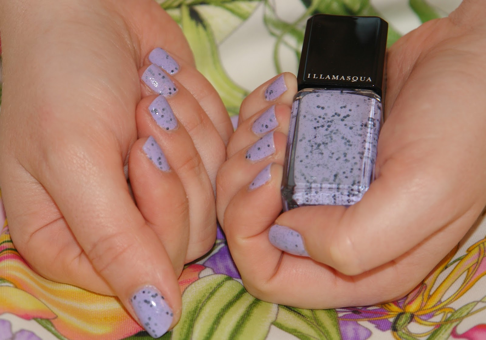 NAILS: Illamasqua nail polish in Speckle, review, swatches