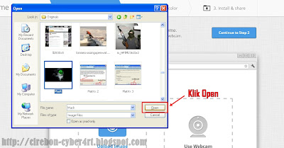 http://cirebon-cyber4rt.blogspot.com/2012/08/cara-membuat-tema-google-chrome-dengan.html