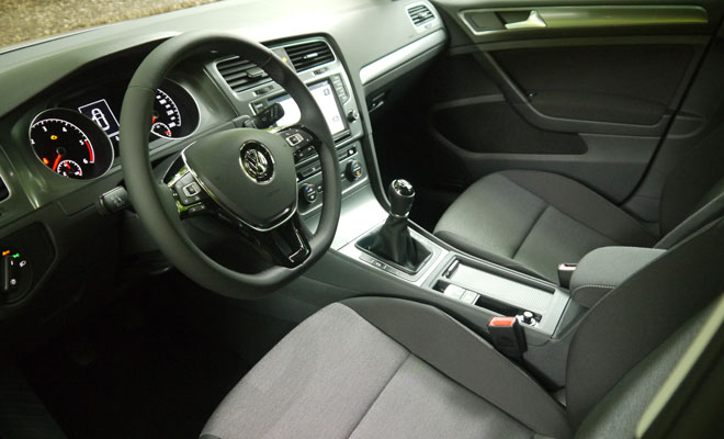 VW Golf 7 BlueMotion interior