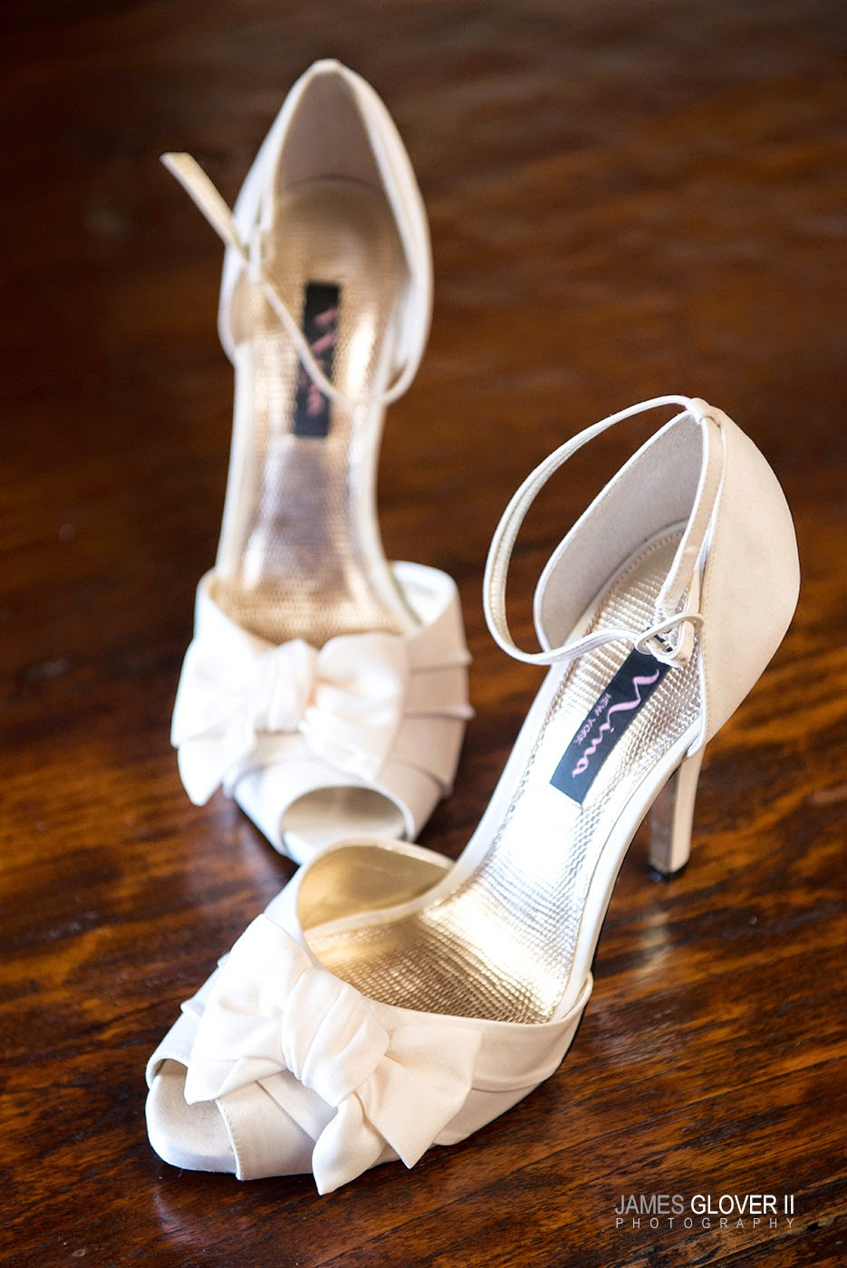 White bridal shoes | James Glover Photography | Take the Cake Events