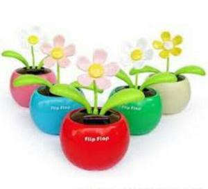 Bunga Goyang Tenaga Matahari (hiasan mobil)