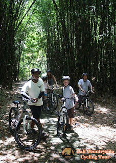 Kid safety Ride In Middle Bamboo Forest - Bali Countryside Cycling Tour Tracks