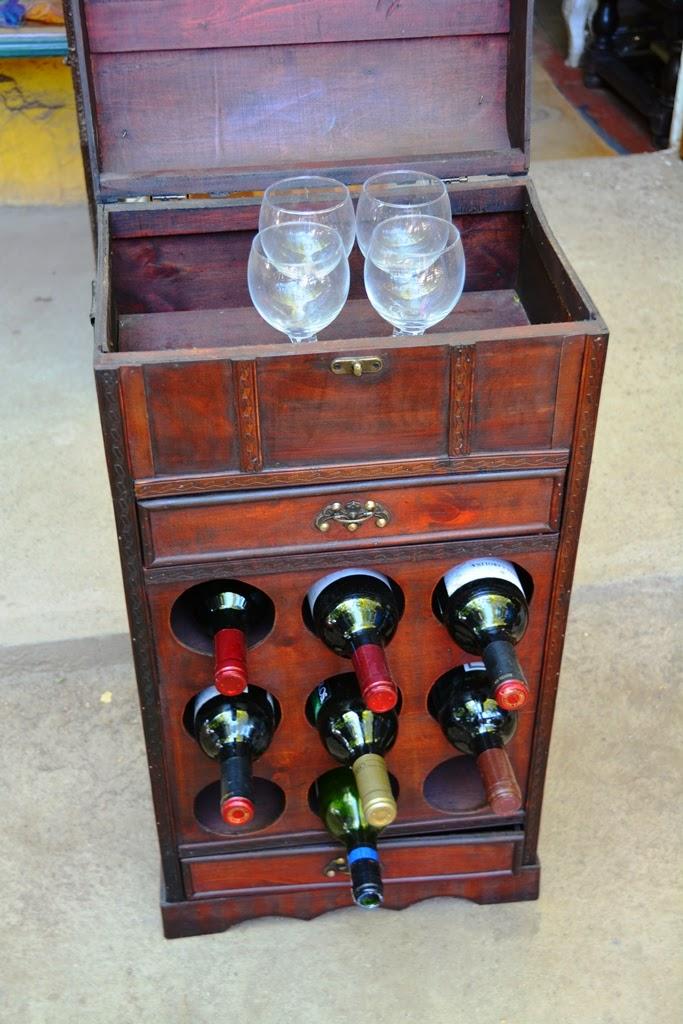 Centre Artisanal de Los Dominicos Santiago wine