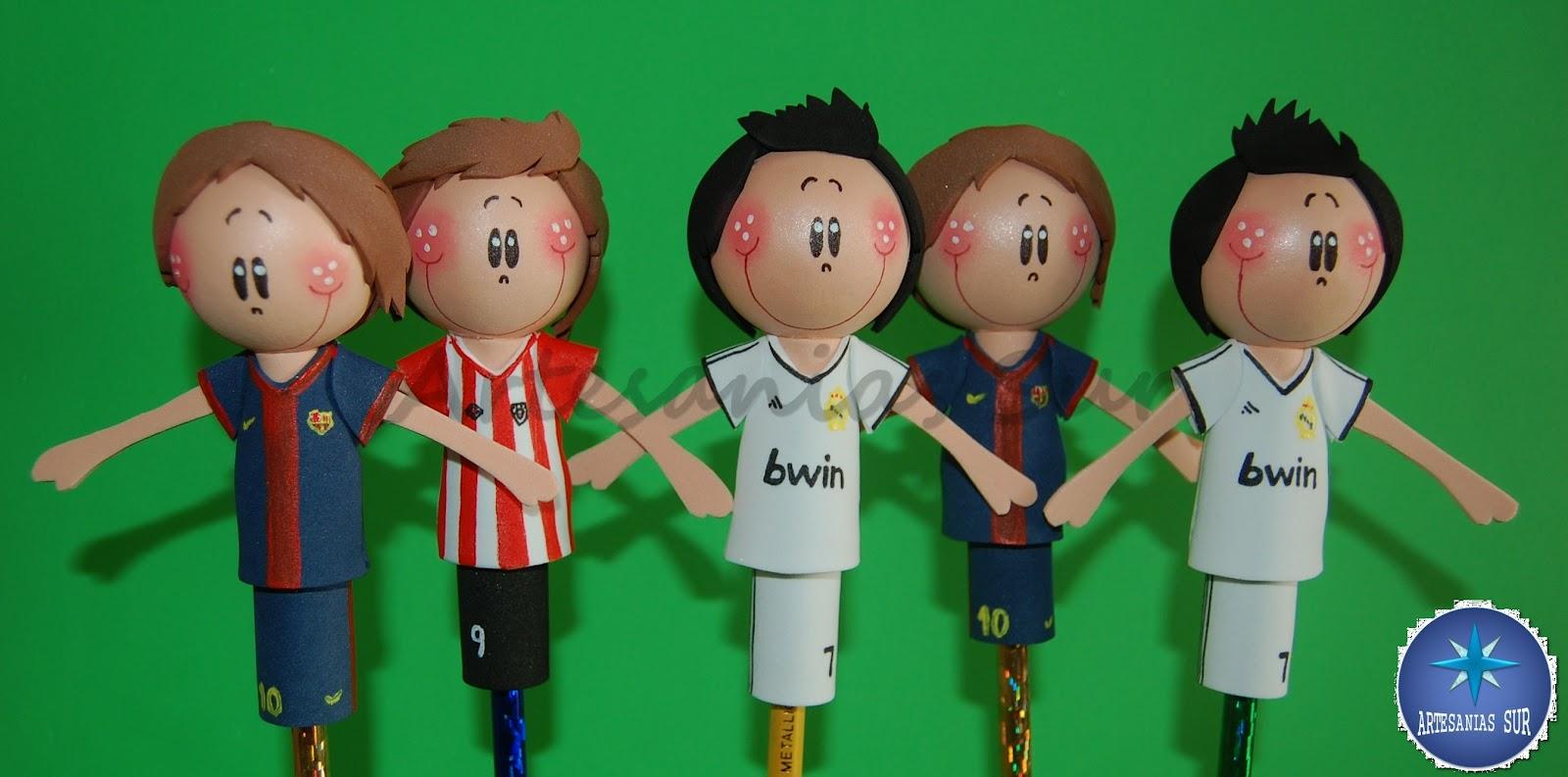 ARTESANIAS SUR: Fofulapices futbolistasCristiano,LLorente, Messi