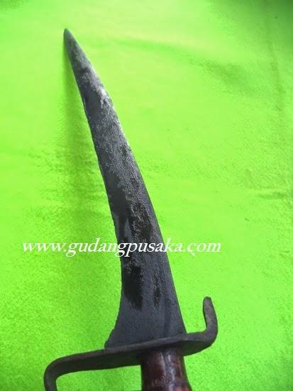 Pedang Lar Bangau Pamor Keleng