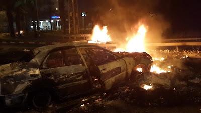 http://1.bp.blogspot.com/-eJLjvOqzZWg/U7jhjR4ClPI/AAAAAAABltk/_5uqa46SfpI/s1600/Torched+car+in+Qalanswe.jpg