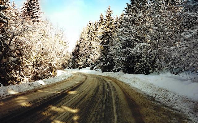 Sendero con nieve