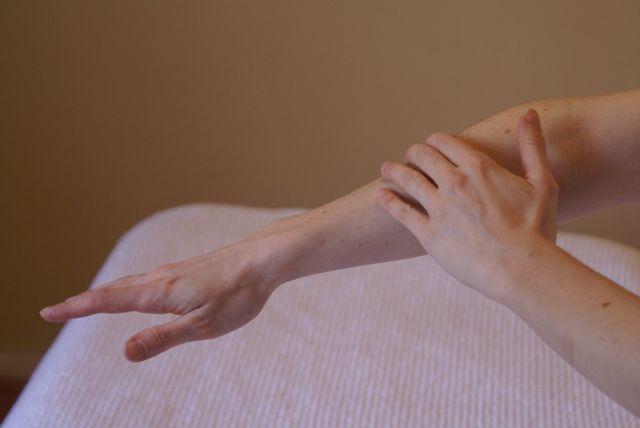 Опухла рука как лечить в домашних условиях 58