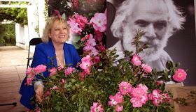 Las rosas Moustaki con su madrina Rosal