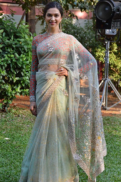 Bollywood Actress Saree Collections: Deepika Padukone