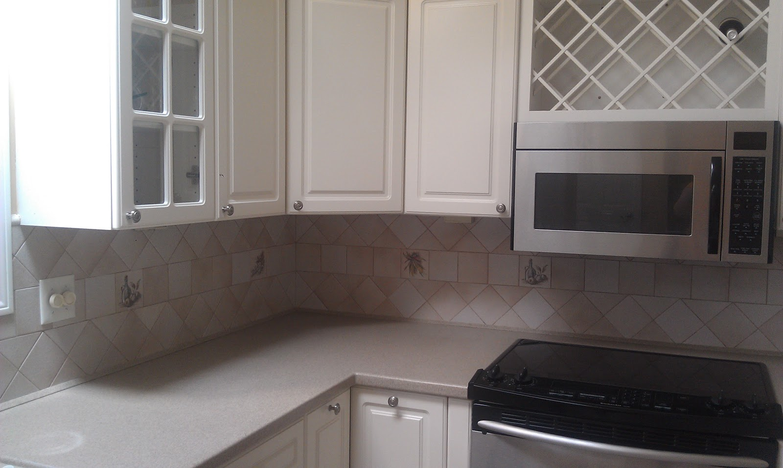 rhody life diy vinyl tiled backsplash