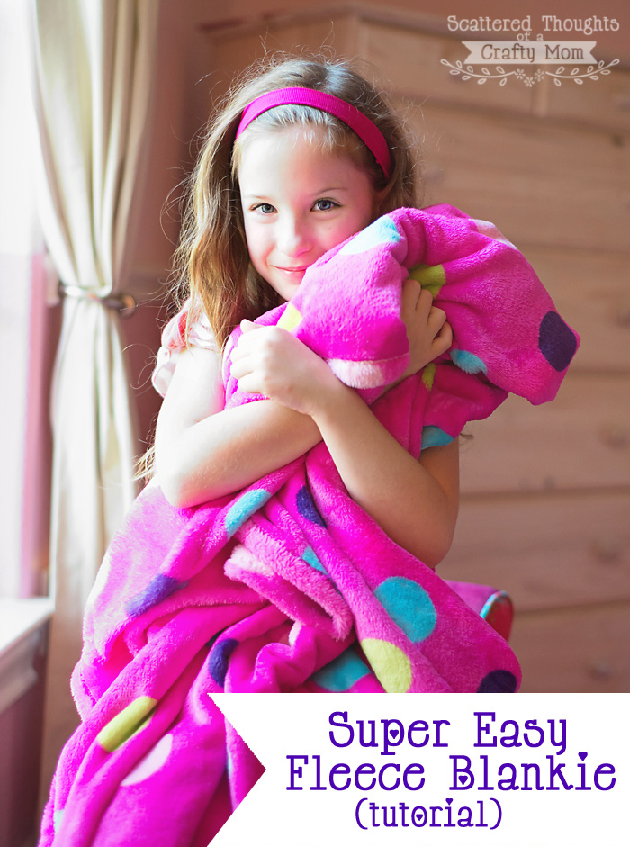 Simple Fleece Blanket Tutorial