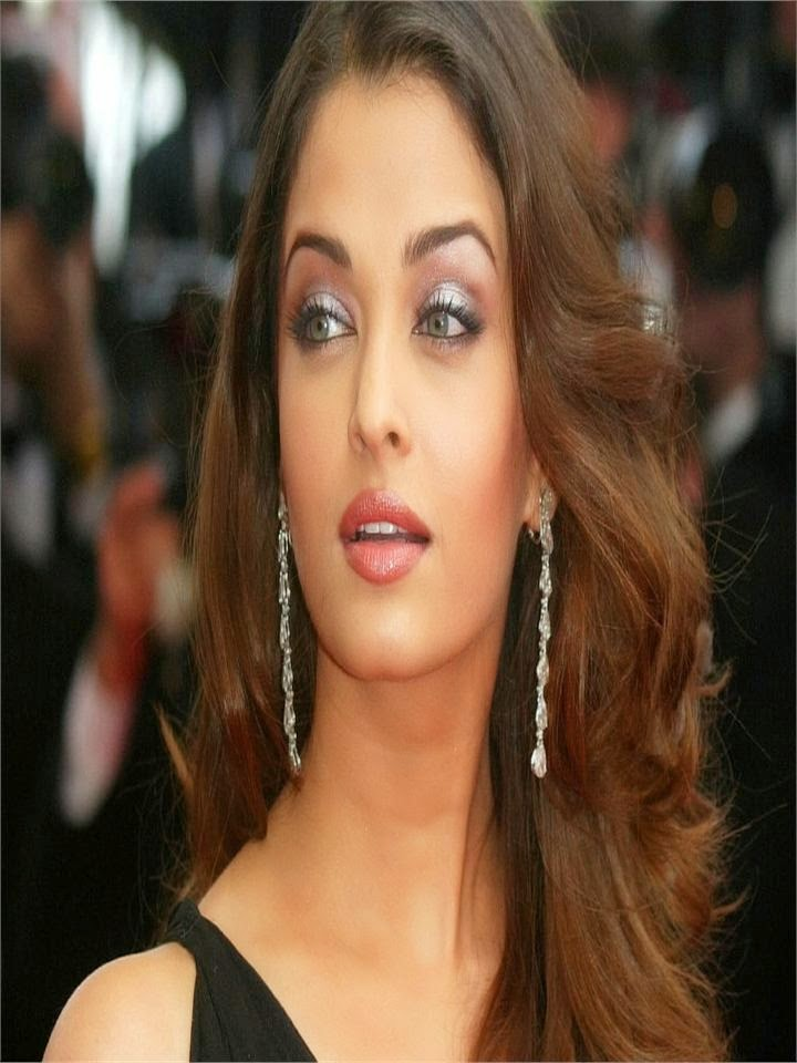hot bollywood actress aishwarya rai backless gown black tight without bra pantyless unseen hot sexy pics of hot bollywood actress aishwarya rai