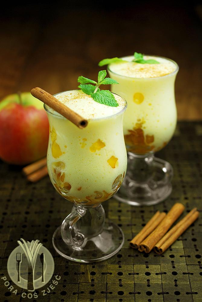 Zabaglione z jabłkami