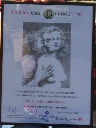 Premio Escriduende 2016 a la mejor autora novel