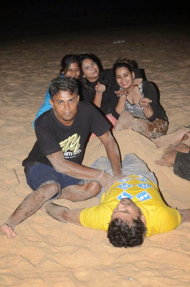 Madhu Nithyani at beach