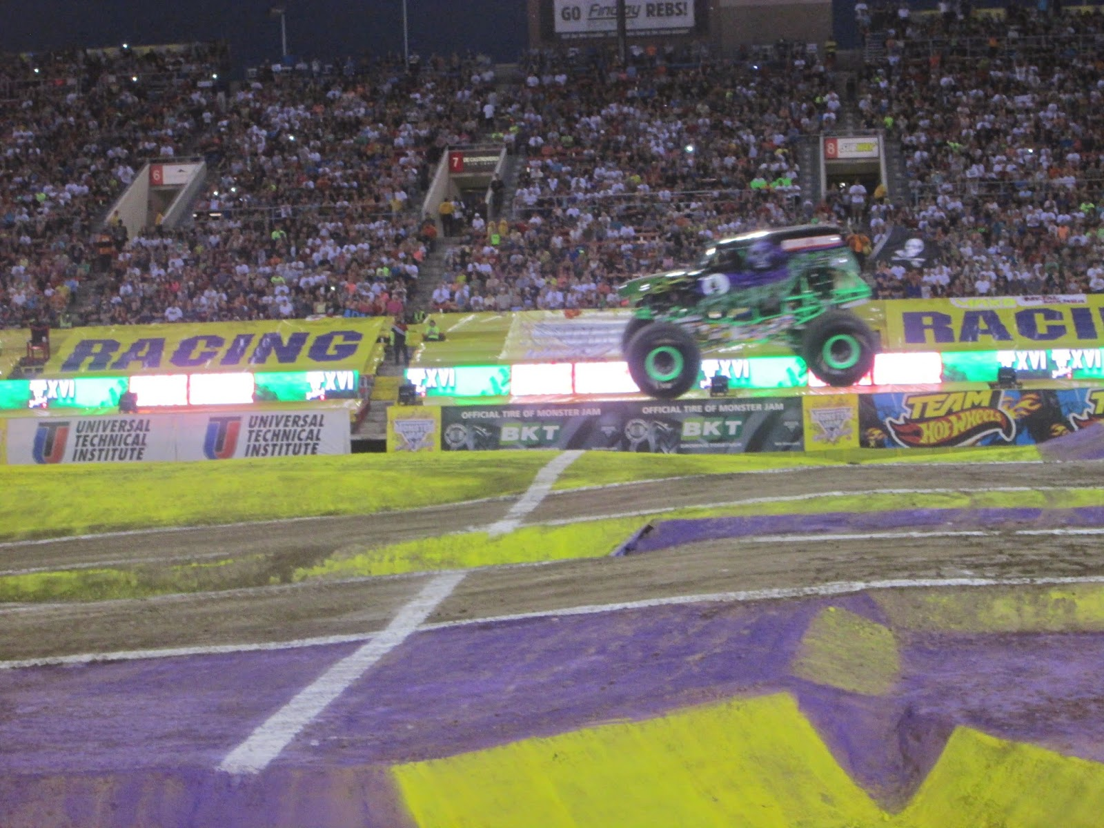 2015 Monster Jam World Finals XVI Awesome Pit Party - YouTube