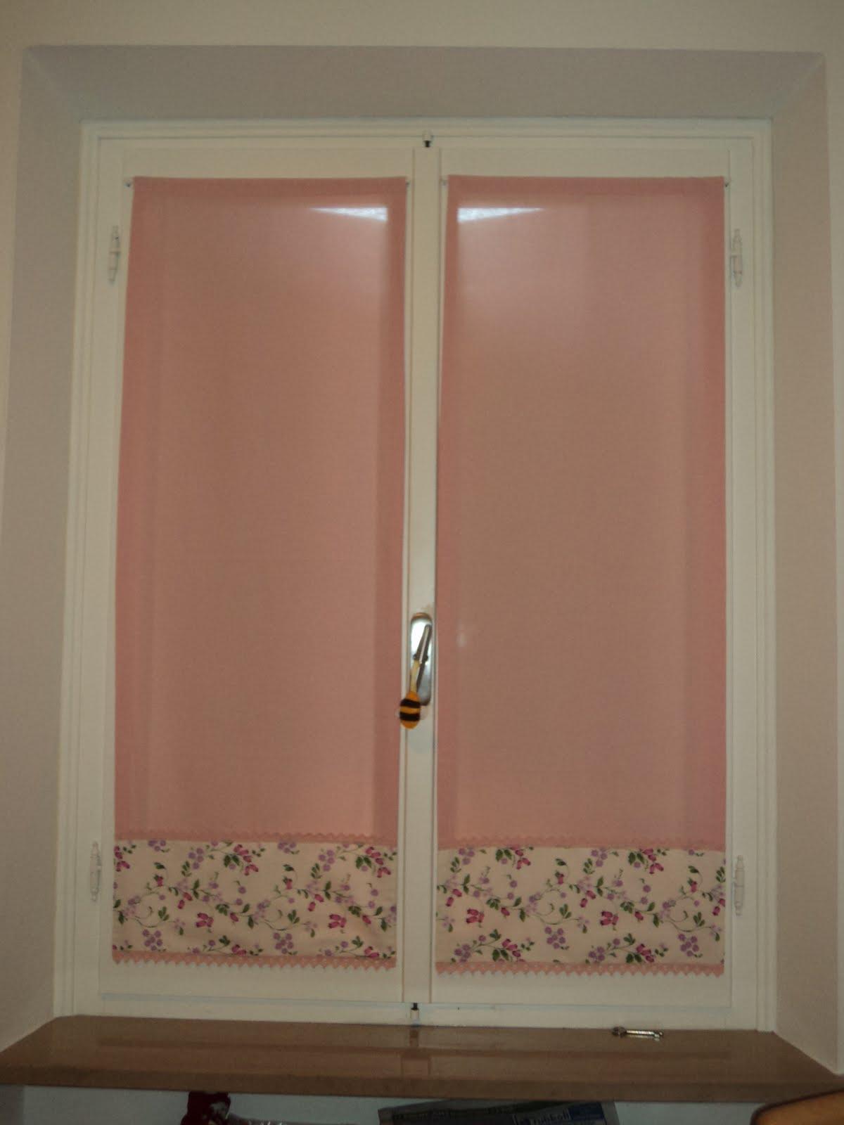 Tende finestra cameretta tende verde raso x tenda - Tende per finestre da bagno ...