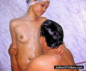 Topless Desi Babes indianudesi.com