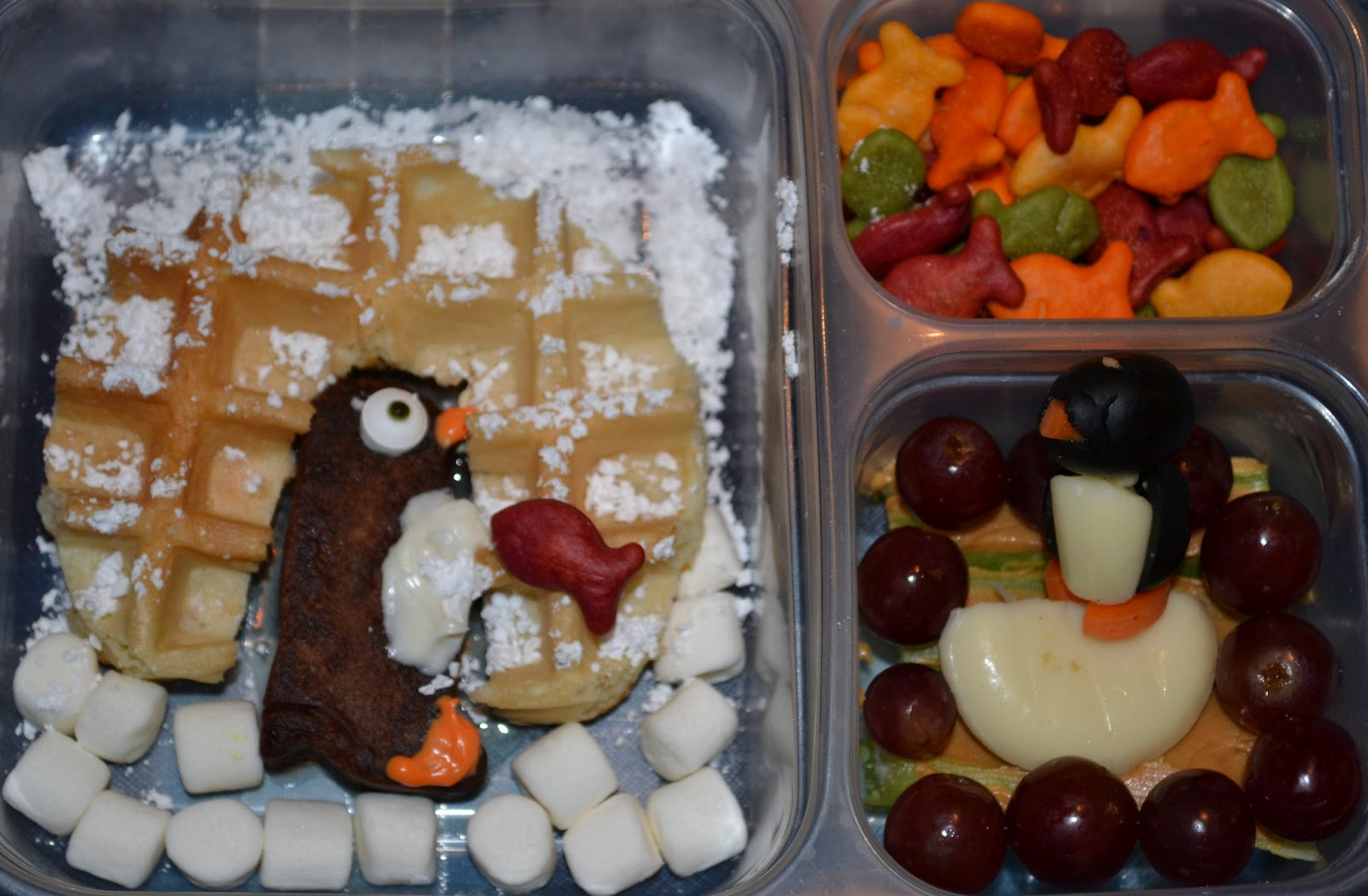 http://robotsquirrelandthemonkeys.blogspot.com/2013/01/january-14-17-lunches.html#.UuCaEbRMHIU