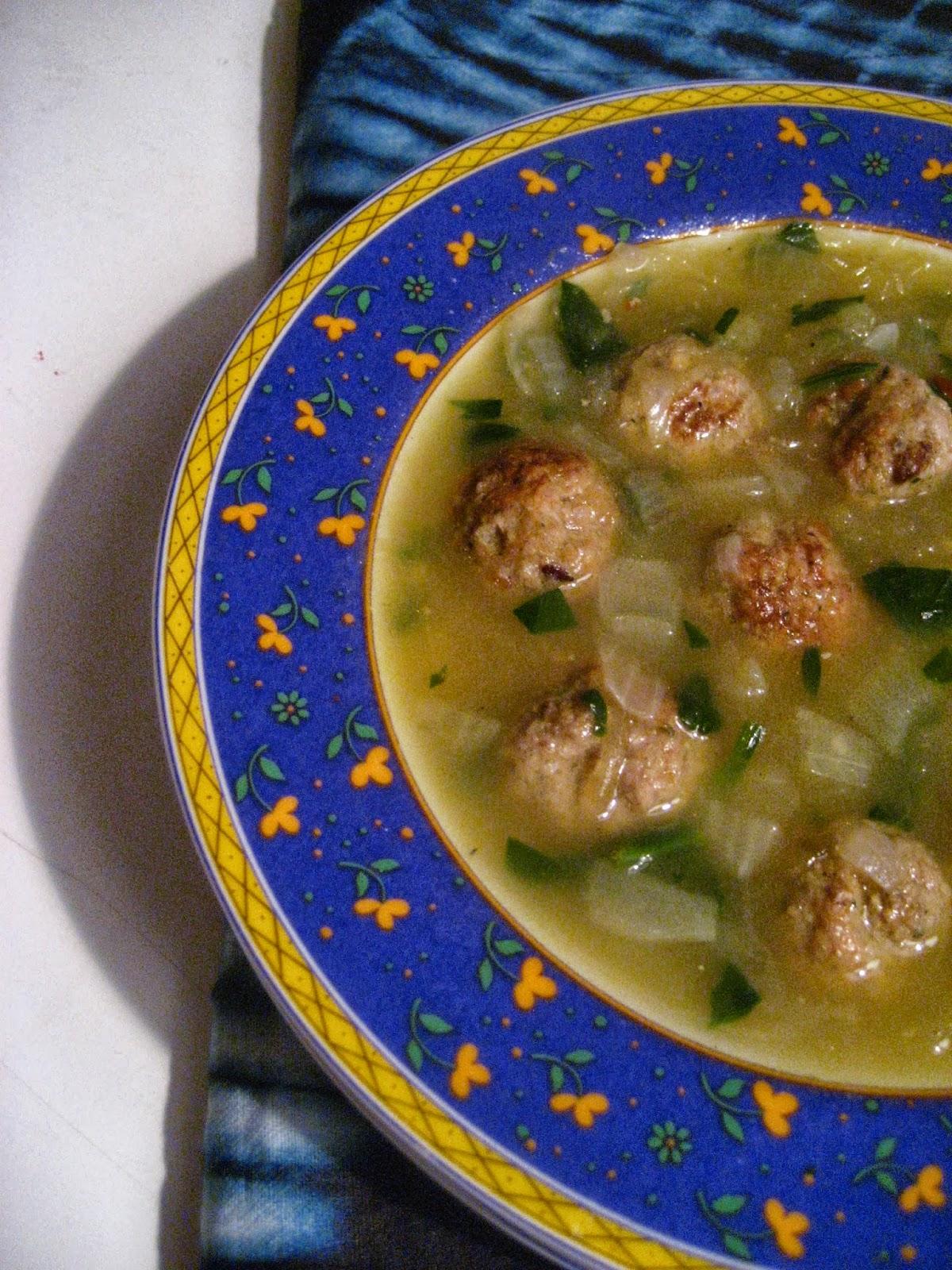Marie est dans son assiette soupe aux boulettes et la - Cuisiner la courge spaghetti ...