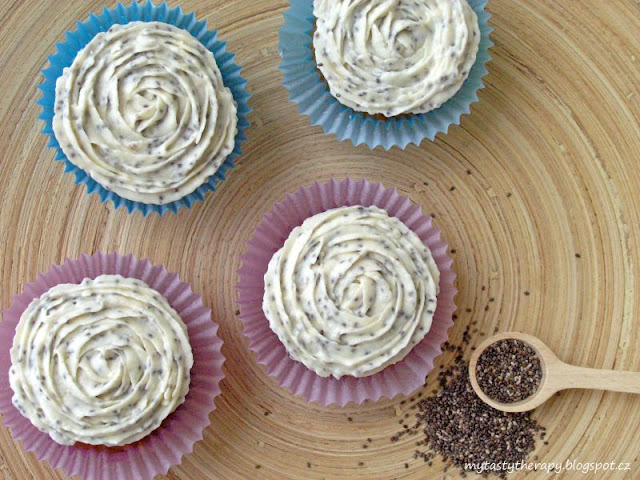 Banana cupcakes with chia frosting