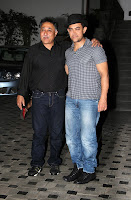 Aamir & Kiran at Mansoor Khan's wedding anniversary celebration
