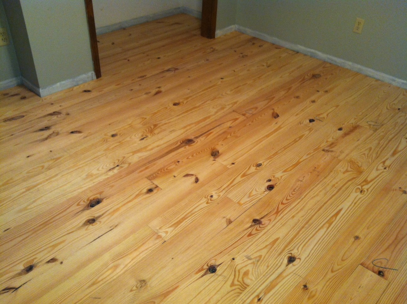 This Is What The Flooring Looks Like After Installation And Before