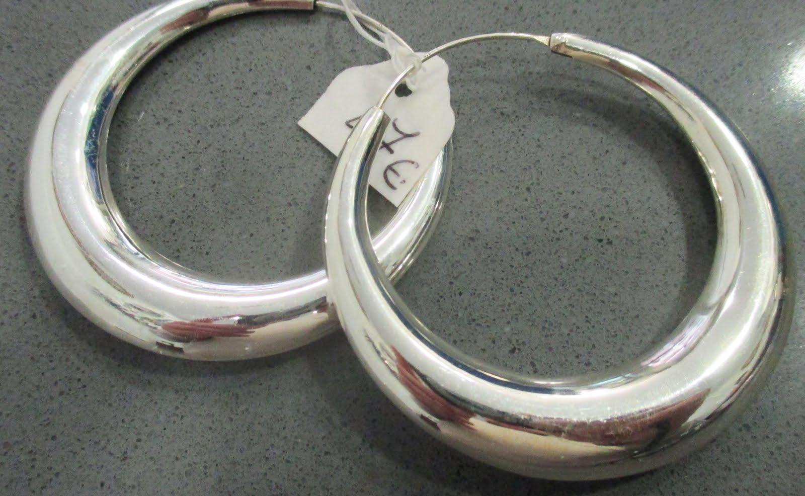 Pendientes de plata de aro de gran tamaño y grosor