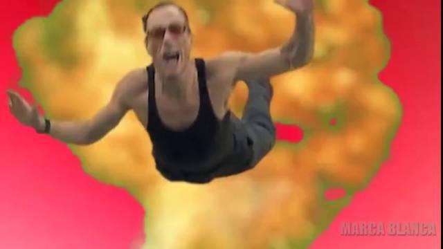 JEAN-TROLL VAN DAMME - Jean-Claude Van Damme fait tomber des gens