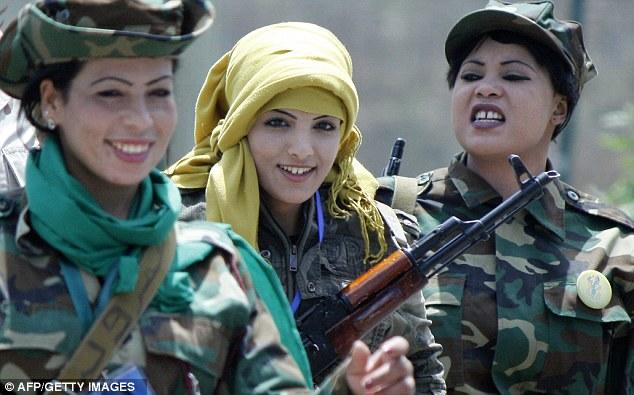 http://1.bp.blogspot.com/-eMHFHJdCHBY/TlxeJaWxRJI/AAAAAAAAFAM/u7KV2iohgj8/s640/gadis%2Btentara%2Bkhadafi.jpg