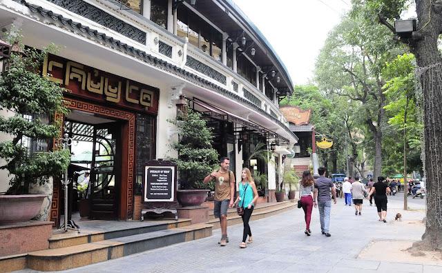 best coffee street in hanoi vietnam