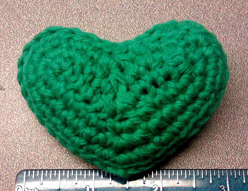 Breezybot: FREE PATTERN - Puffy heart - ornament, mobile ...