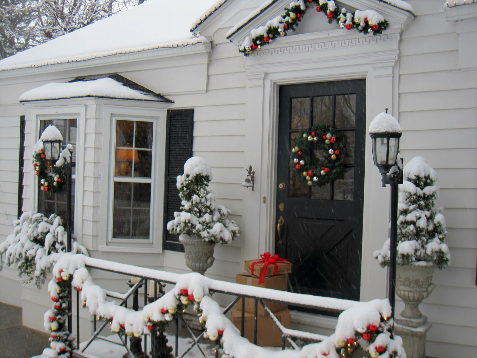Simple Details: exterior holiday decor...PB inspired