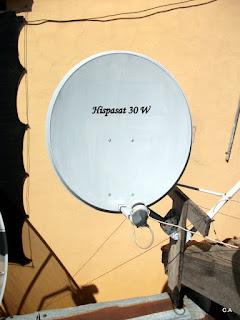 Veja estes vídeos que mostram como fazer o apontamento da antena para ...