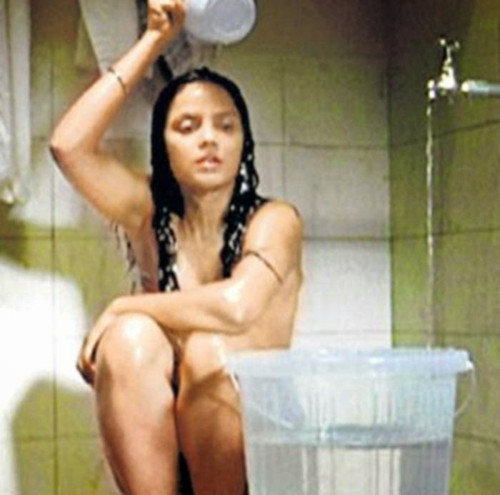 neetu chandra bathing