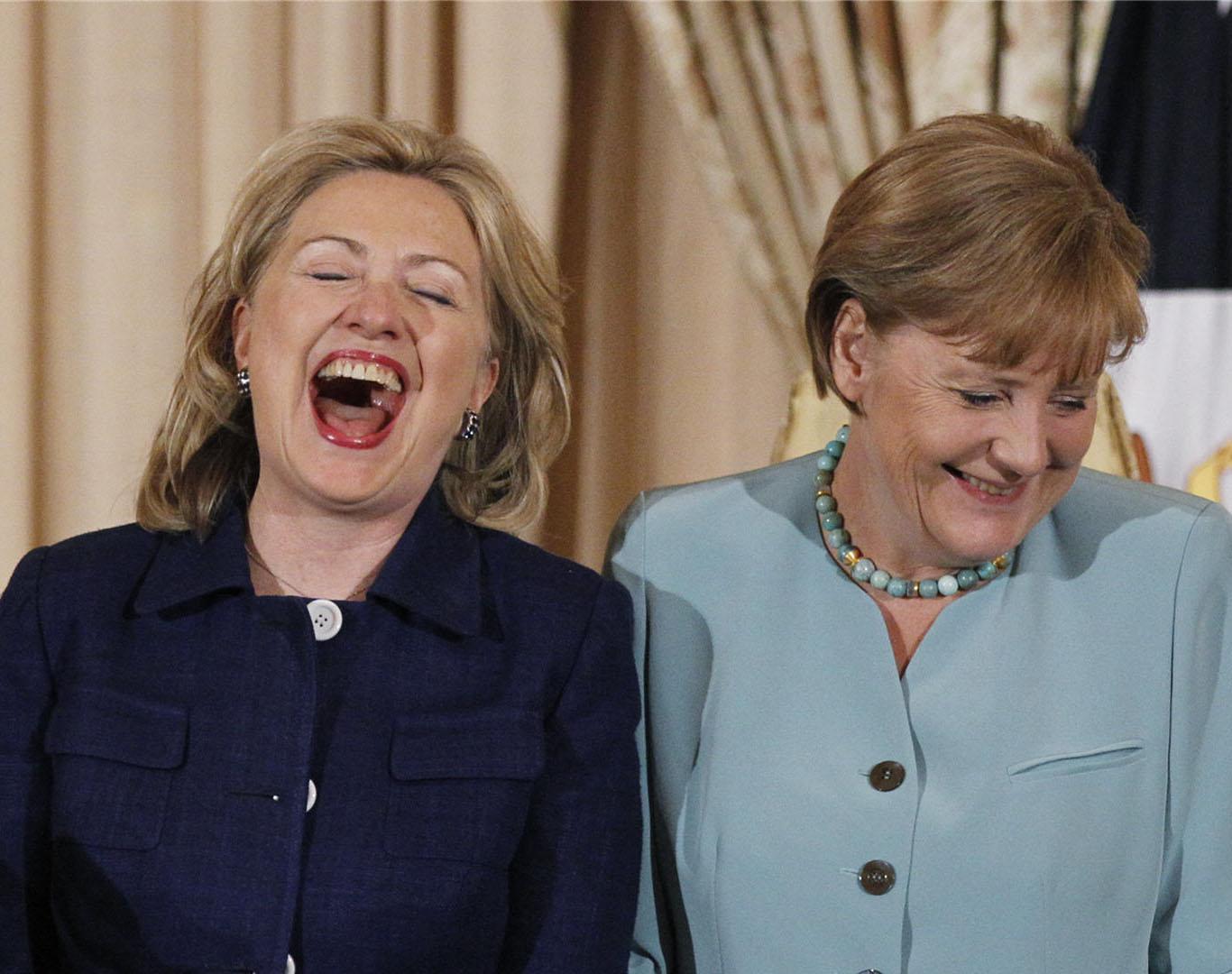 http://1.bp.blogspot.com/-eNV8YlU_5IQ/UC-lerlu5AI/AAAAAAAAAiw/althd4qlH4c/s1600/Hillary-Clinton-Laughing-Wallpaper-1920x1080.jpg