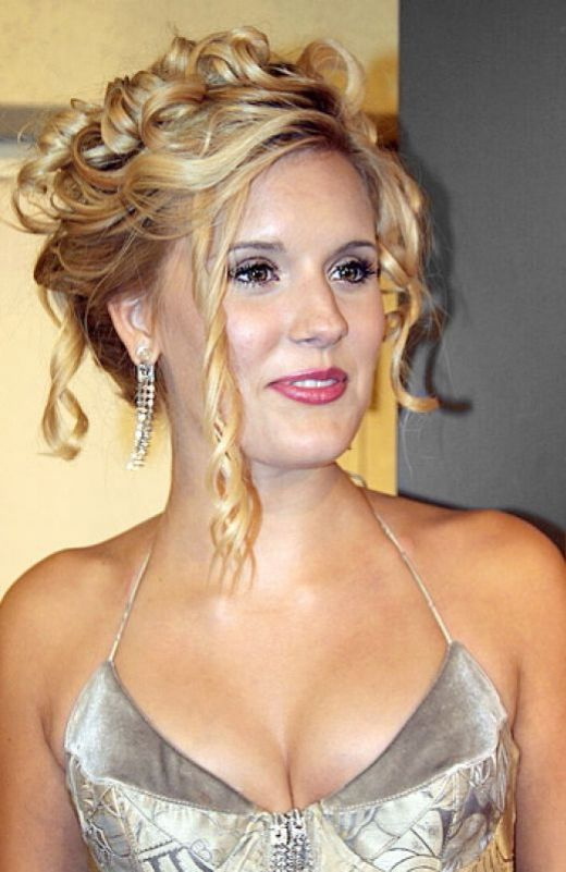 prom hair. prom hair updos 2011. prom