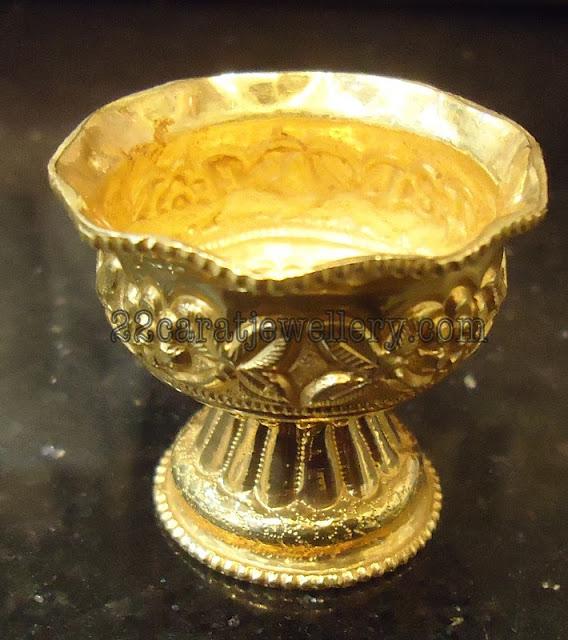 Mangala Harathi Silvers: Gold Harathi Plate, Bowls And Kunukuma Barine 2