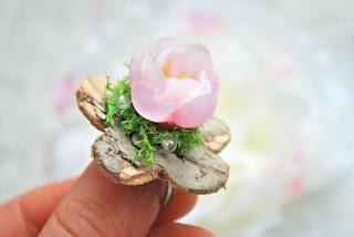 spring flower birch ring