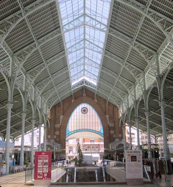Blogger Traveller Valencia: Mercado de Colón (interior)