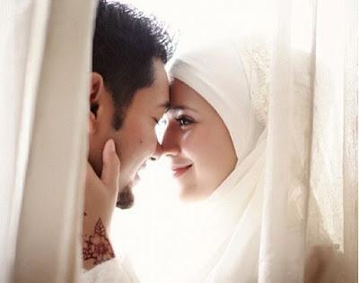 Suami Sayang Istri Ternyata Bisa Bikin Rezeki Suami Lancar