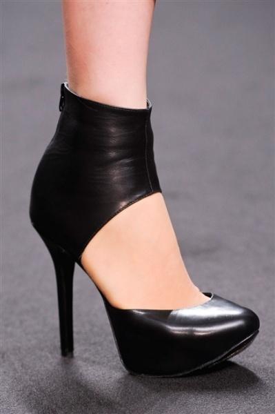 black 2013 high heels