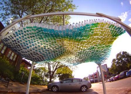 Menyulap Botol Plastik Bekas Menjadi Canopy Mobil yang Indah 1