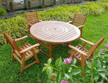 garden wooden furniture