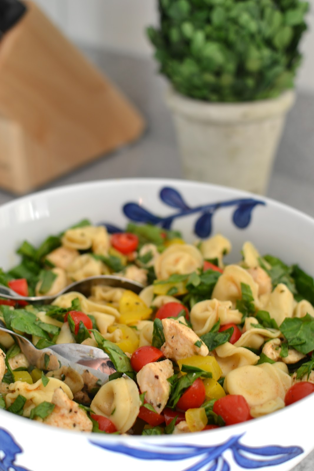 ... Laidlaws: { RECIPE :: Balsamic Chicken, Spinach & Tomato Pasta Salad