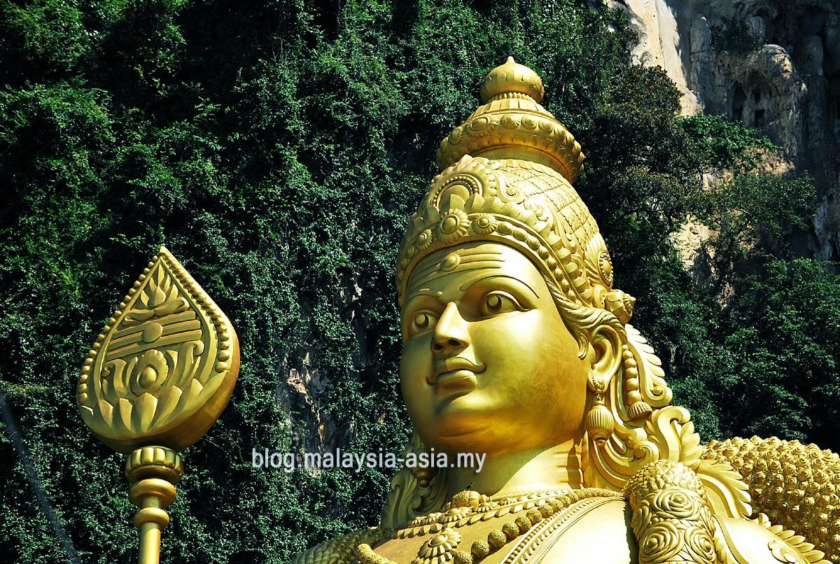 Lord Muruga Statue at Batu Caves Malaysia