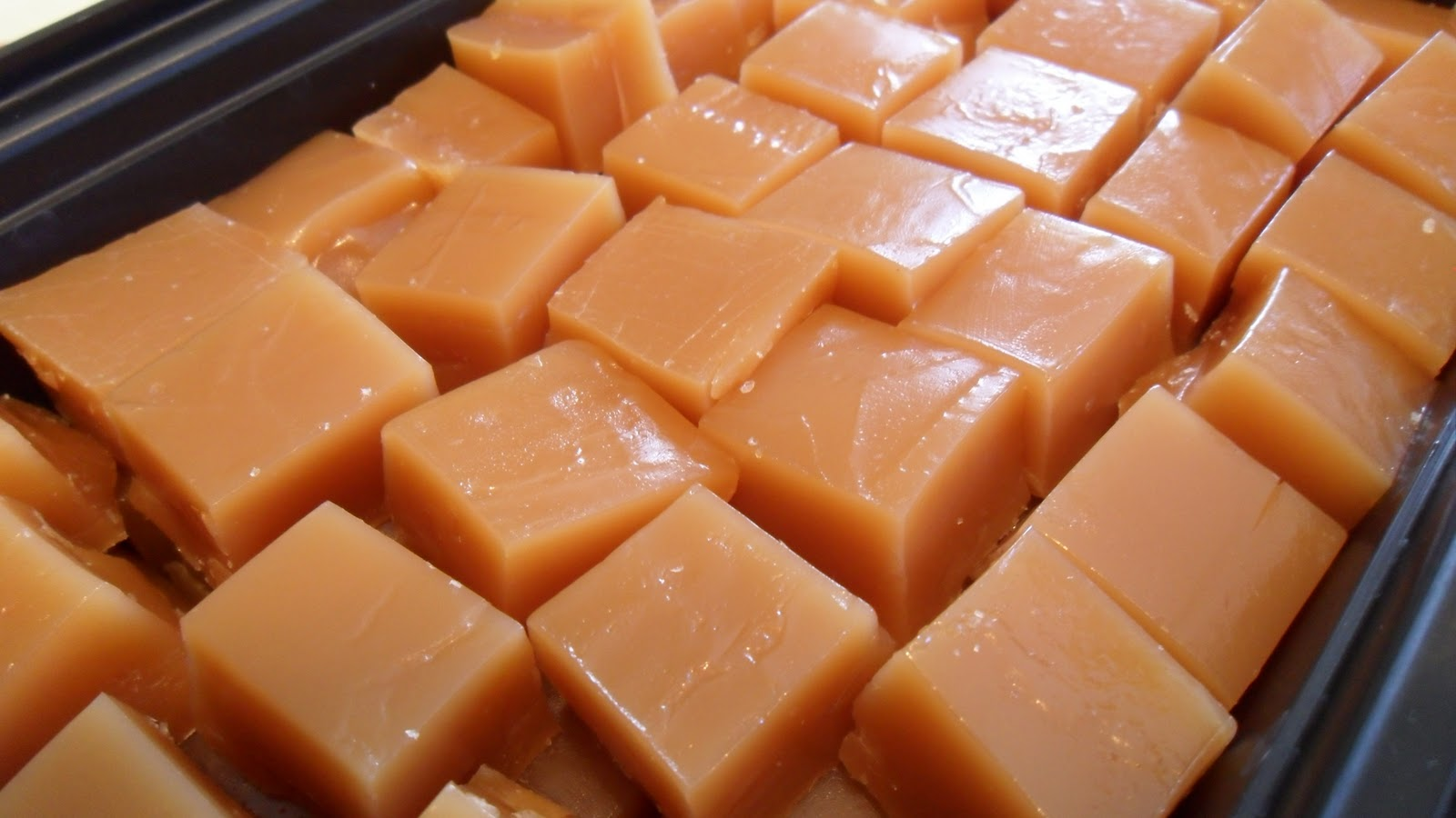 Random Acts of Food: Honey Cream Caramels - SMS