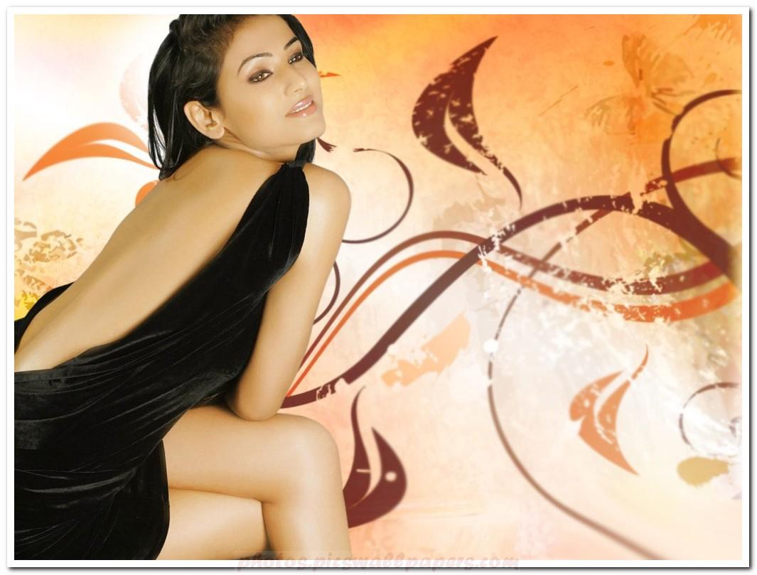 http://1.bp.blogspot.com/-ePLYHzHTN_Y/Tr09zuV8BjI/AAAAAAAAAVM/FARiolA5qEU/s1600/Sonal-Chauhan-hot-photo-004.jpg