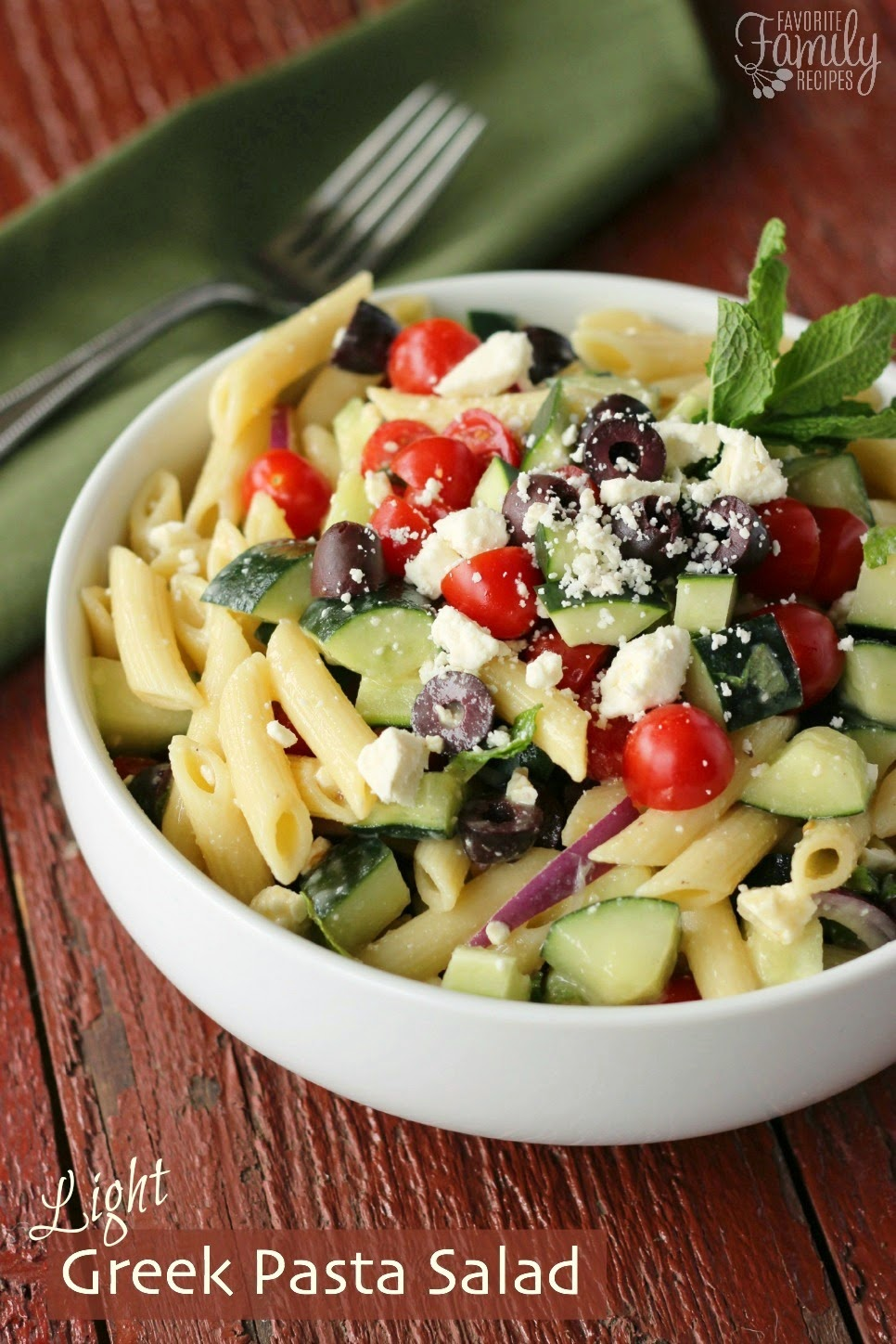 The Bestest Recipes Online: Light Greek Pasta Salad